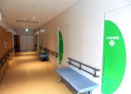 診察室前通路